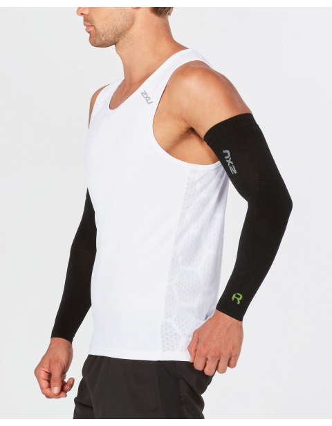 2XU FLEX COMPRESSION ARM SLEEVES FOR RECOVERY